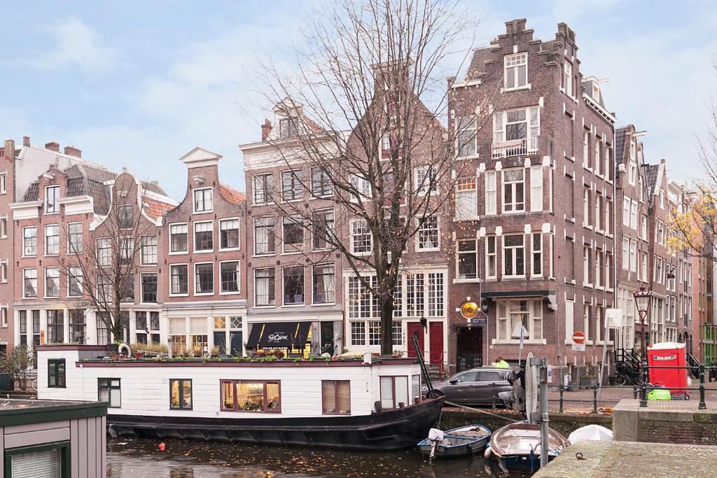 Apartment Jordaan Canal View Amsterdam Netherlands