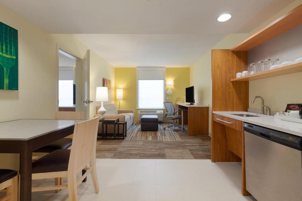 Home2 Suites By Hilton Champaign Urbana Champaign Online Booking Viamichelin