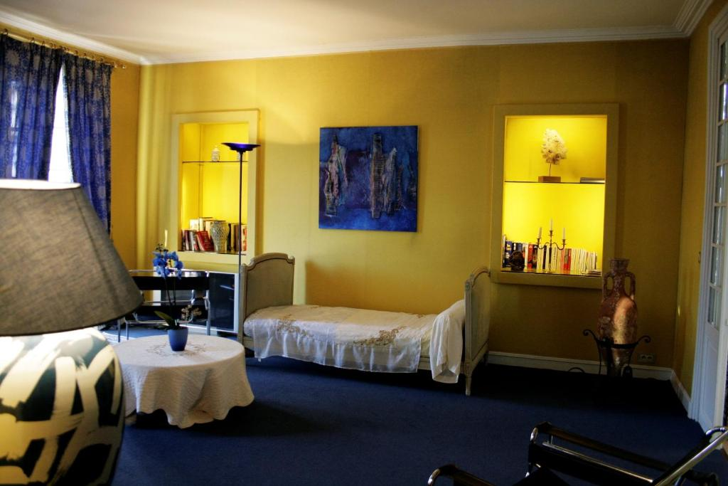 Chambres de charme florence rib rac book your hotel for Chambre de commerce angouleme