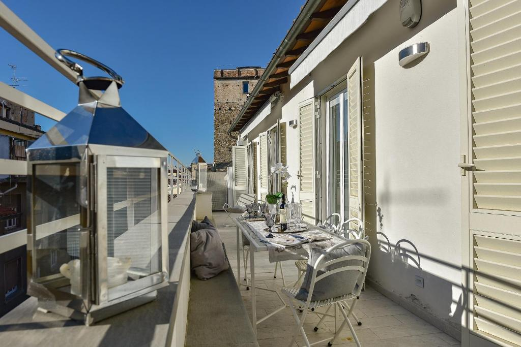 Apartments florence jacopo appartement in florence italy for Florence apartments