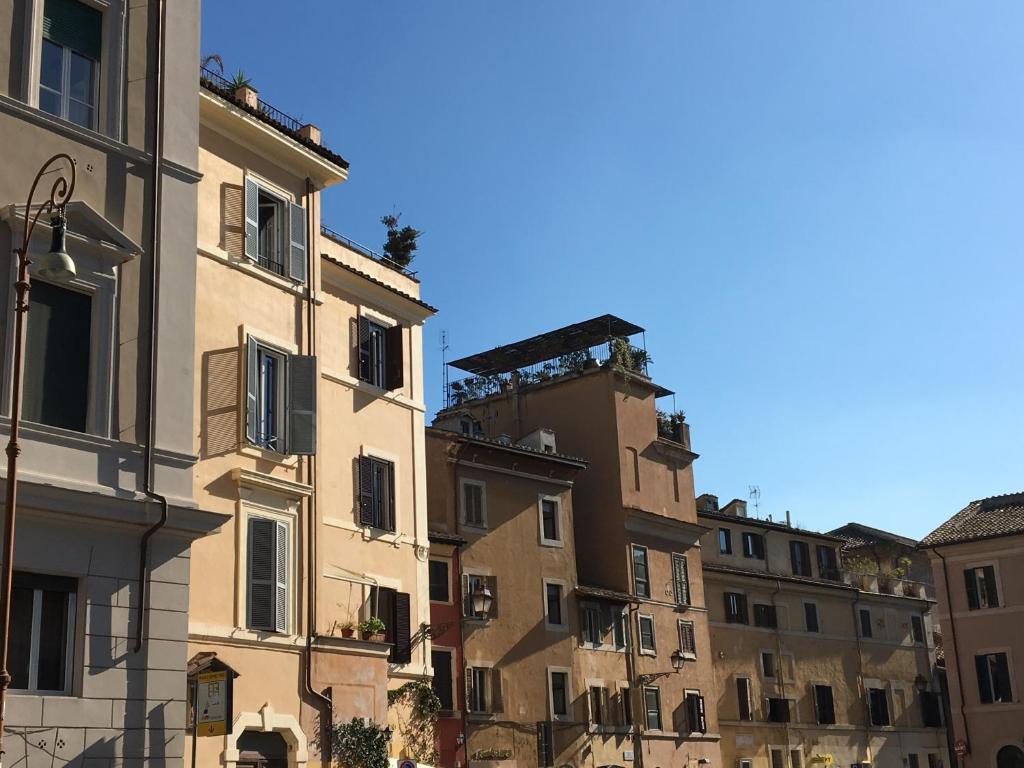 Finestra su trastevere guest house roma reserva tu - Finestra su trastevere ...