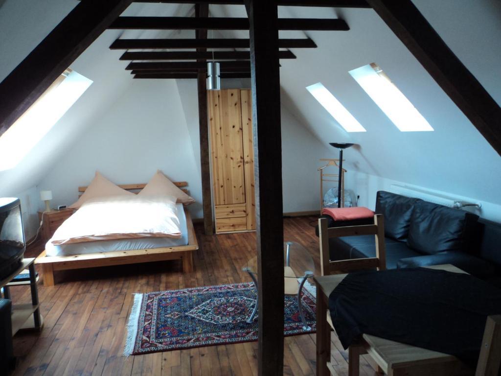 am homburg ferienwohnungen alemania sarrebruck. Black Bedroom Furniture Sets. Home Design Ideas