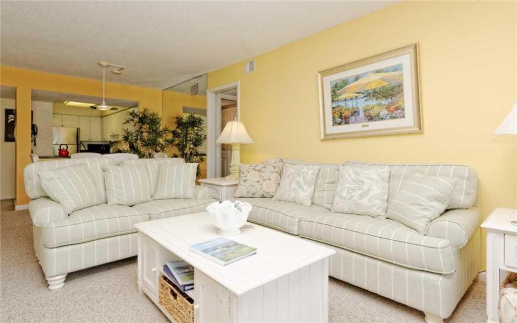 Yacht Club Three Bedroom Condo 7515 Hilton Head Island Sc