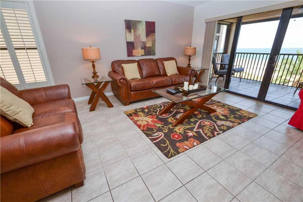 Reflections On The Gulf Two Bedroom Condo 405 Clearwater Beach Fl
