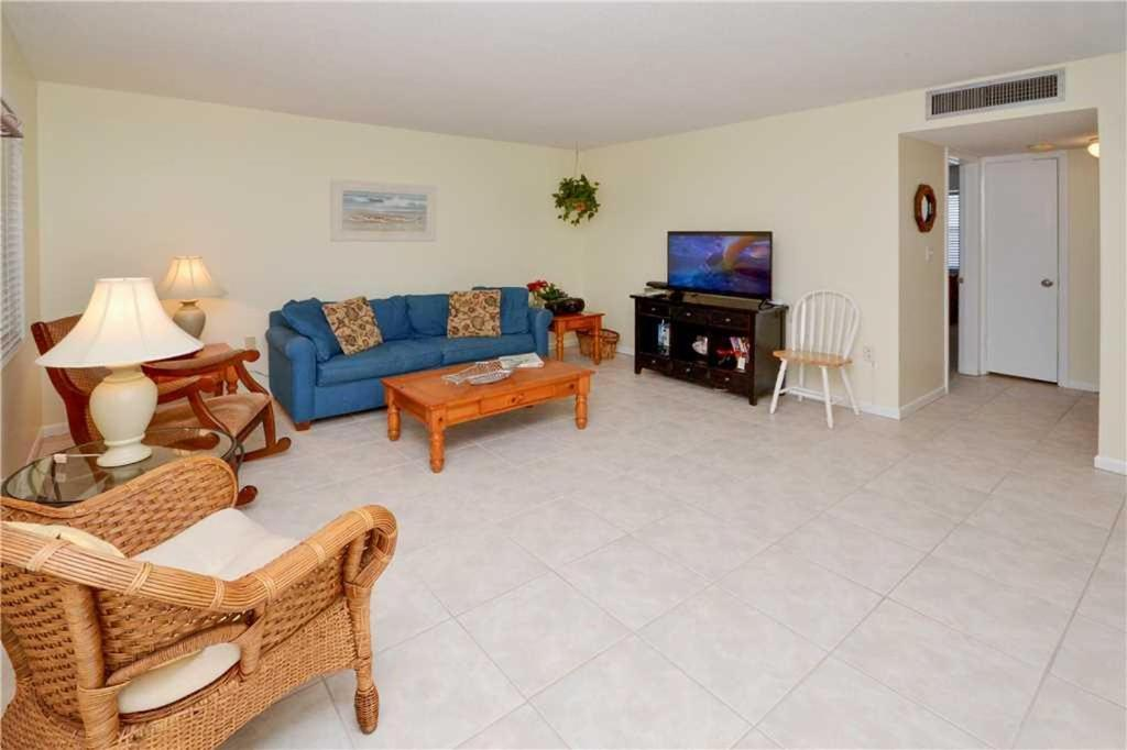 Waves Two Bedroom Condo 18 St Pete Beach M