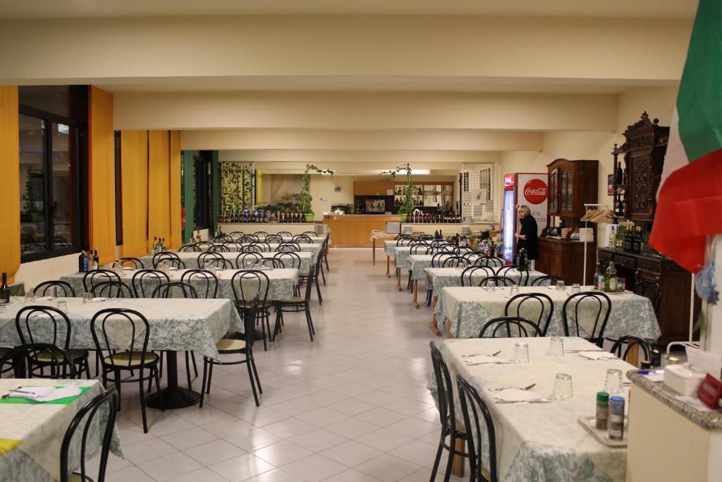 Ospitalit san tommaso d 39 aquino bologna prenotazione - Hotel ristorante bologna san piero in bagno ...
