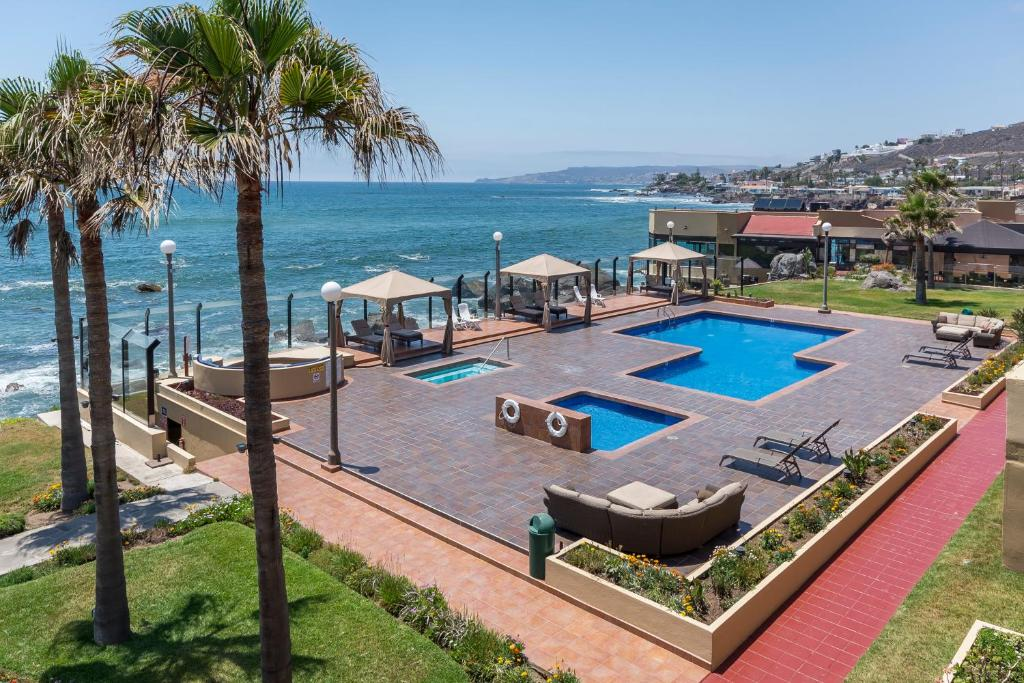 Hotel punta morro ensenada book your hotel with for Villas 7 ensenada