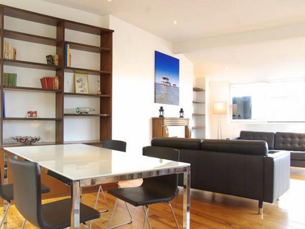 Appartement chateau trompette locations de vacances bordeaux - Ustensiles de cuisine bordeaux ...