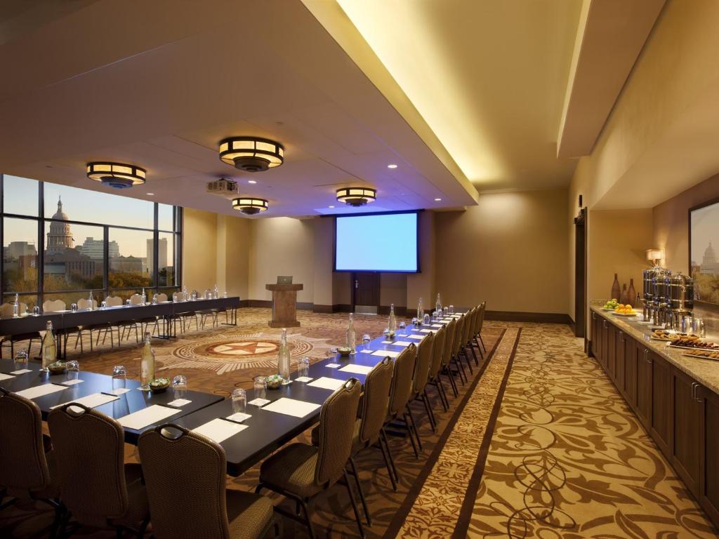 At t hotel conference center r servation gratuite sur for Dining at at t conference center austin