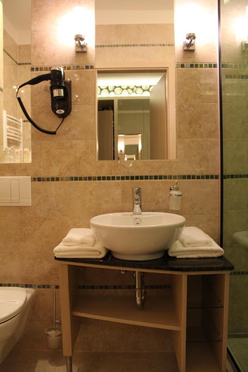 Hotel Aurum Family Hajduszoboszlo View Deal Guest