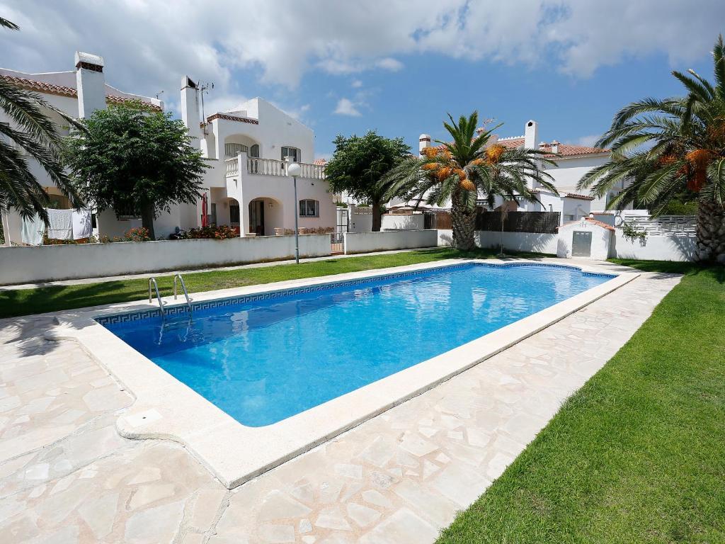 Casa las palmeras locations de vacances miami platja - La casa de las palmeras ...