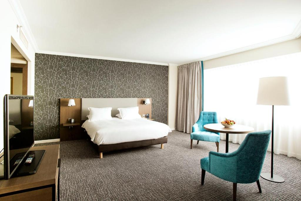 Hotel hilton paris charles de gaulle airport roissy en france for Roissy chambres