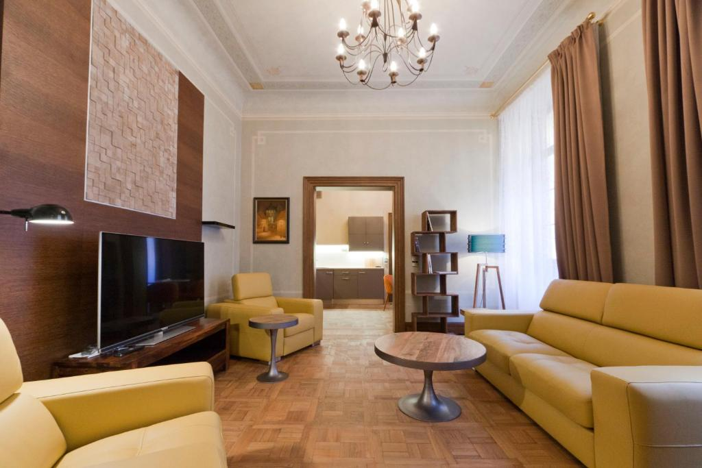 Palace beethoven apartment prague online booking for Domus apartments prague