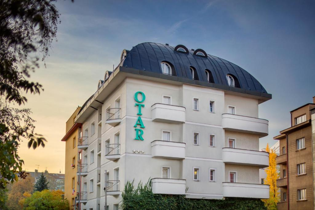 Hotel otar prague online booking viamichelin for Hotel reservation in prague