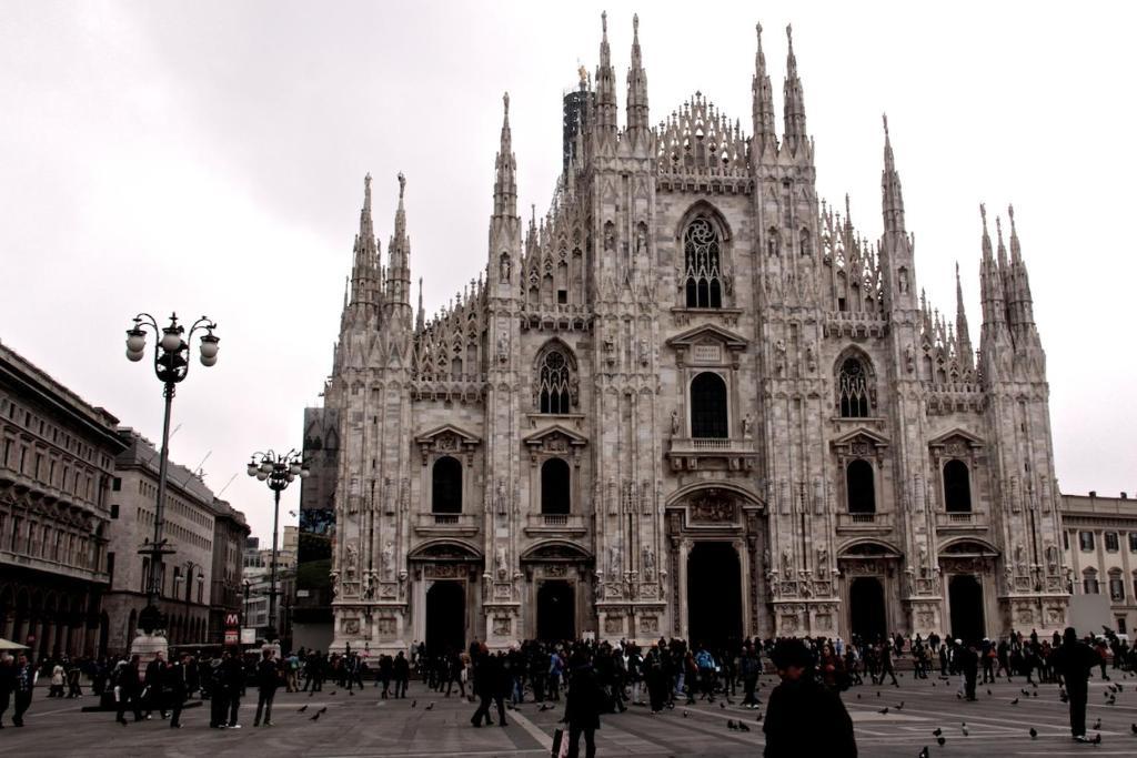 Duomo 3 boutique apartament milan italy for Boutique hotel duomo