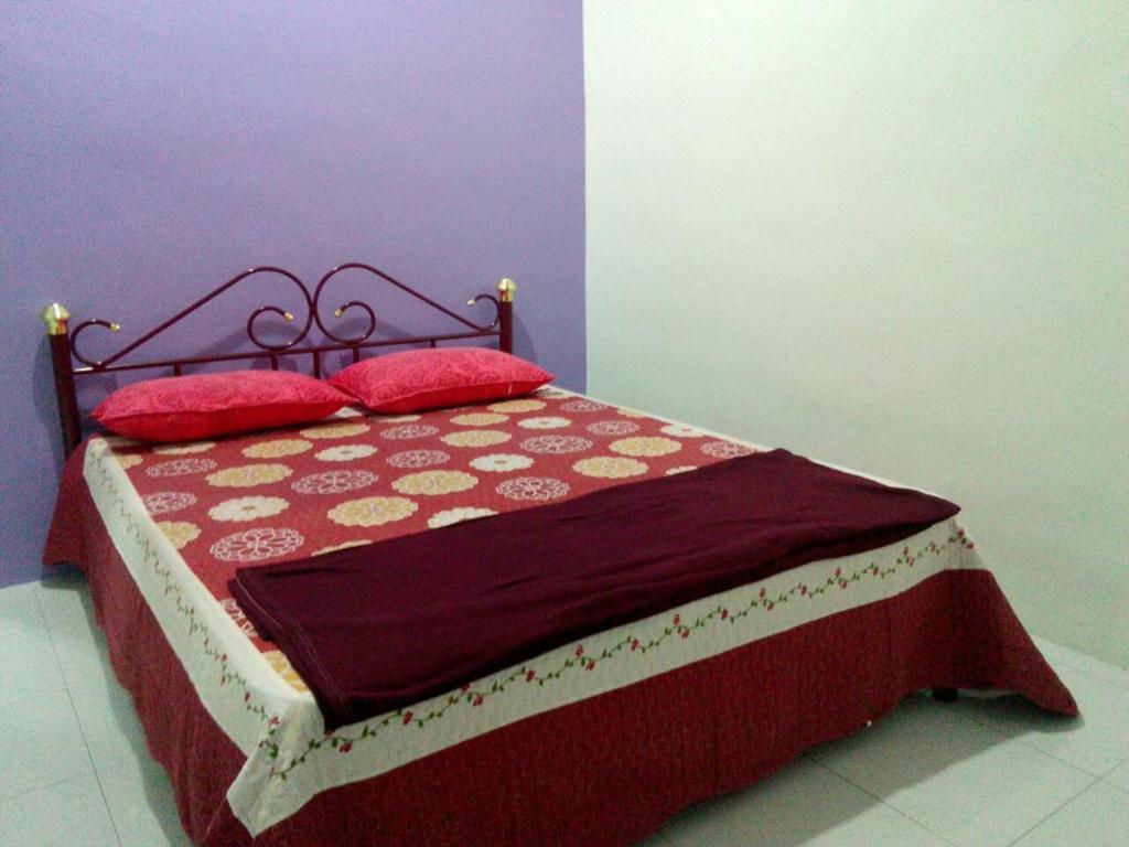 Al yasr guest house pendang r servation gratuite sur for Canape 06700