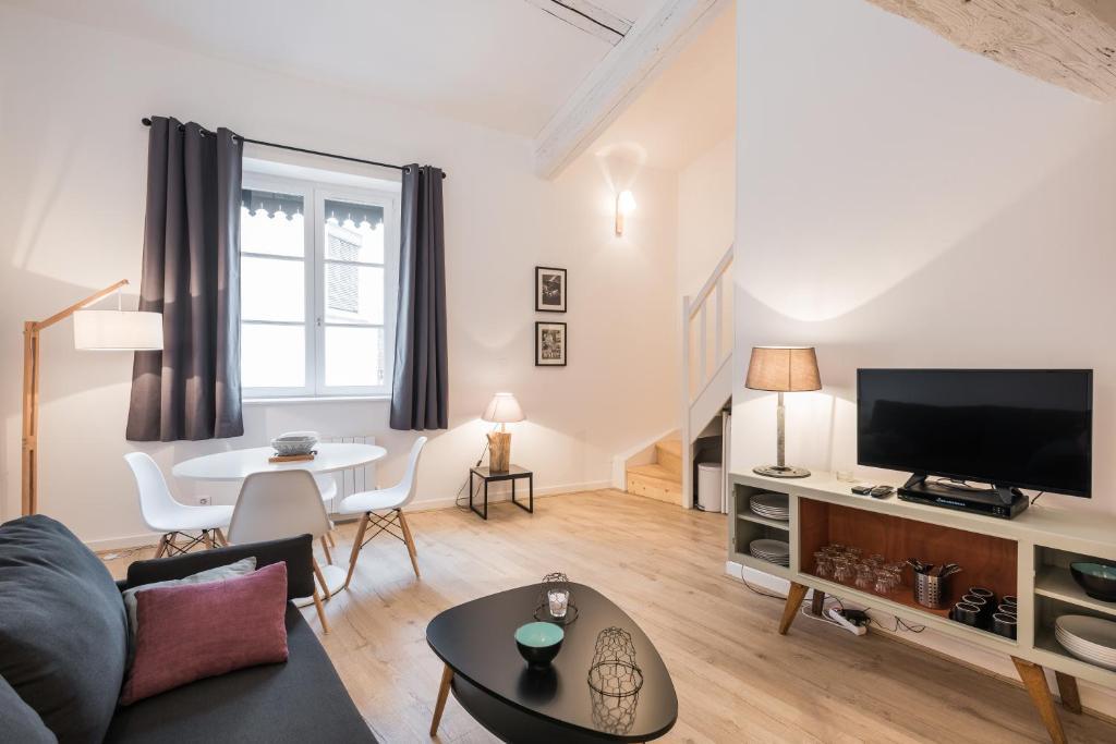 Luckey homes apartments rue sergent blandan locations - Ustensiles de cuisine lyon ...