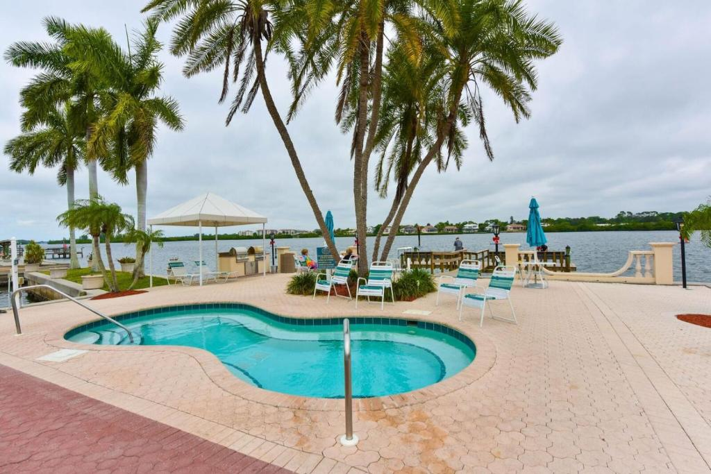 palm bay Find palm bay, fl homes for sale, real estate, apartments, condos & townhomes with coldwell banker residential real estate.