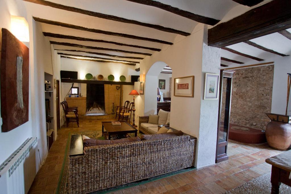 La bodega hotel rural mogente reserva tu hotel con for Hotel la bodega