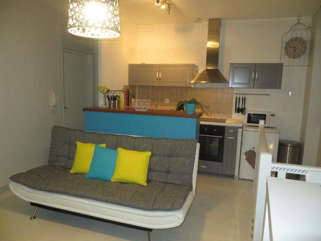 appartement toulouse compans caffarelli locations de vacances toulouse. Black Bedroom Furniture Sets. Home Design Ideas