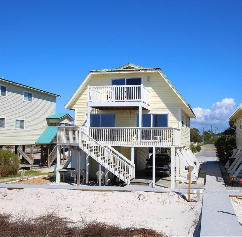 Panhandle Beach House Rentals: Vacation Home Reflections, Indian Pass, FL