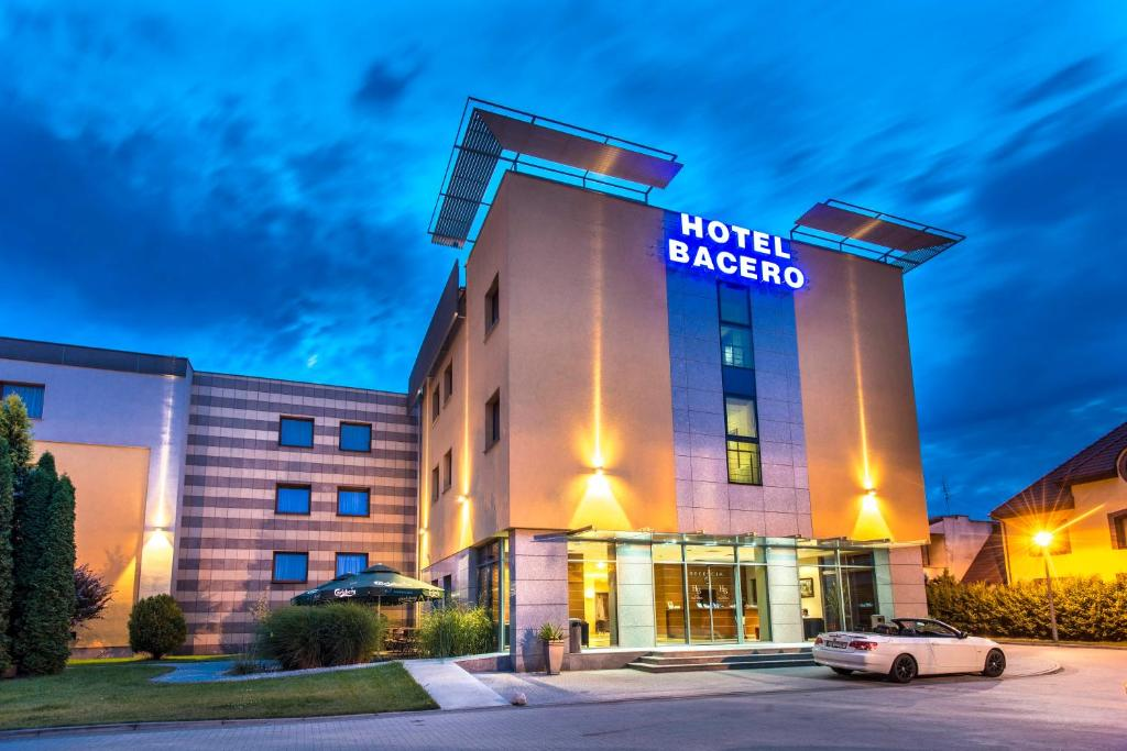 Premium hotel bacero wroc aw wroc aw book your hotel for Hotels wroclaw