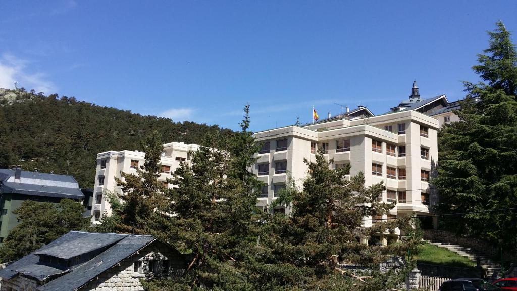 Apartamento puerto de navacerrada cercedilla spain - Apartamentos en navacerrada ...