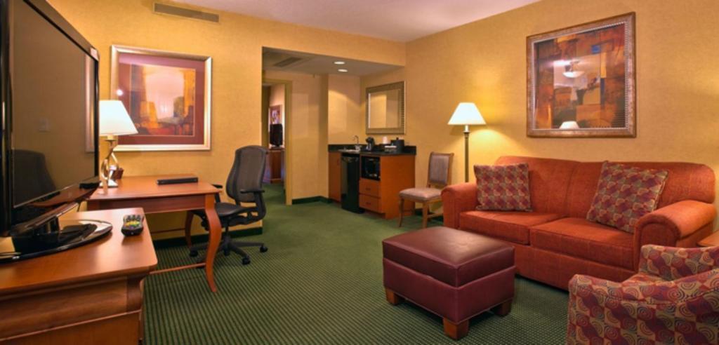 Embassy suites greensboro airport book your