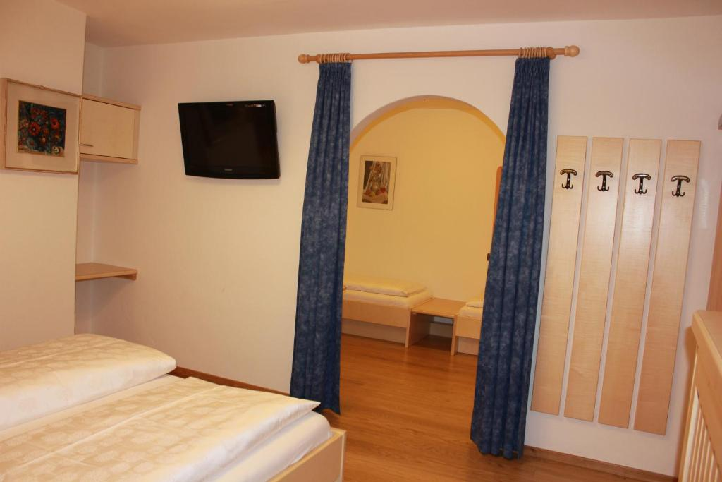 Hotel garni snaltnerhof r servation gratuite sur viamichelin for Boutique hotel ortisei