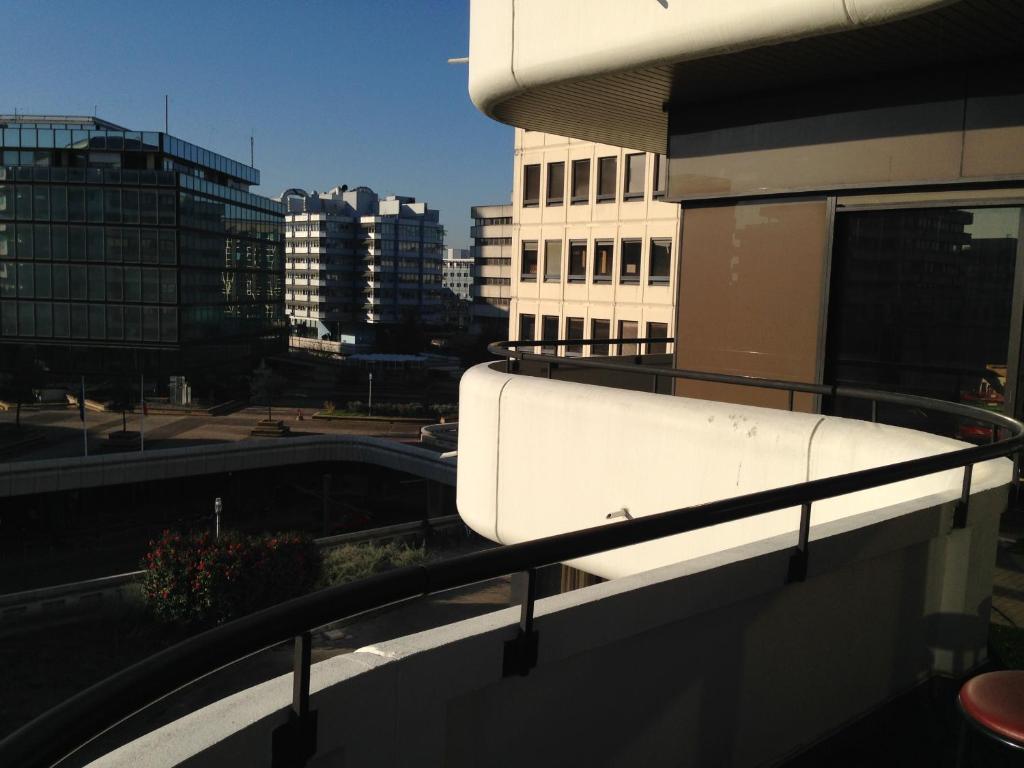Appartement les terrasses de meriadeck locations de for Location appartement terrasse bordeaux