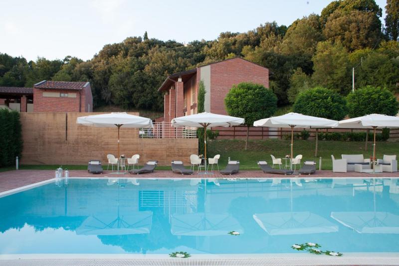 Hotel antica tabaccaia resort terranuova bracciolini prenotazione on line viamichelin - Piscina terranuova bracciolini ...
