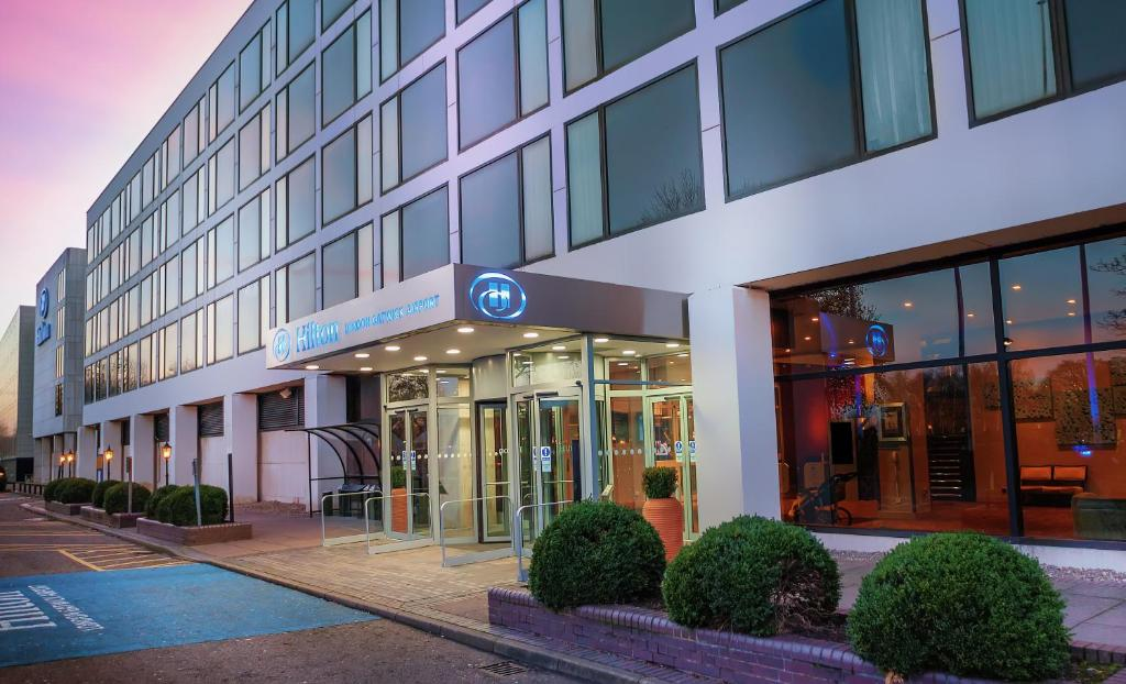 Horley Hotels With Parking