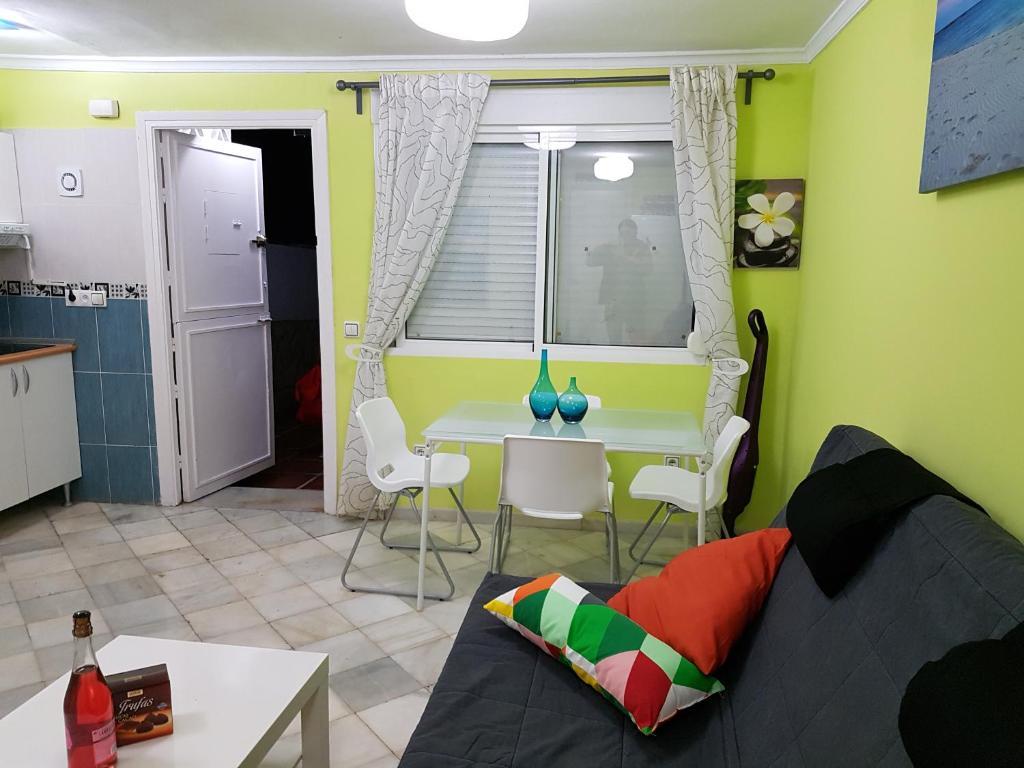 Apartment Calle Del Higuera Espa A Marbella Booking Com # Muebles Higuera La Real