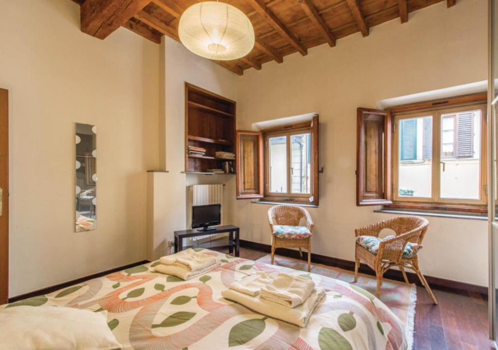 Sophia apartment florence italy for Appart hotel florence