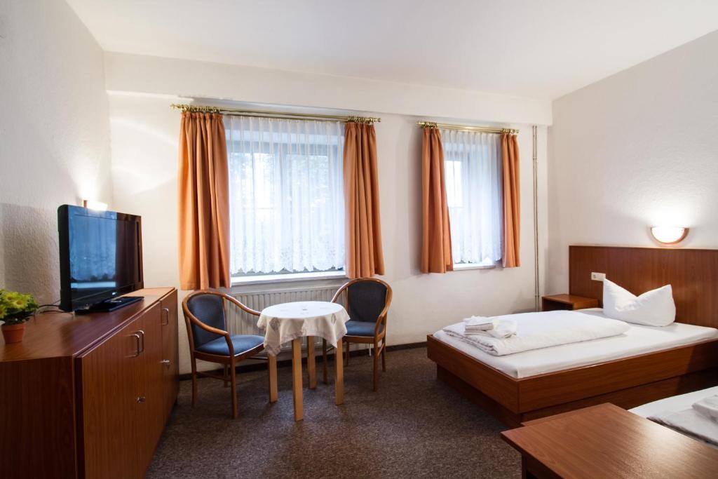 Hotel Grobern Am See