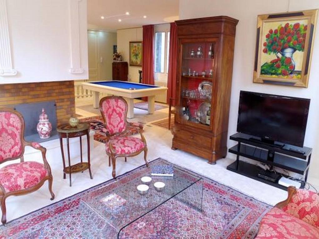 Appartement trois conils appartement bordeaux for Appartement bordeaux grand theatre