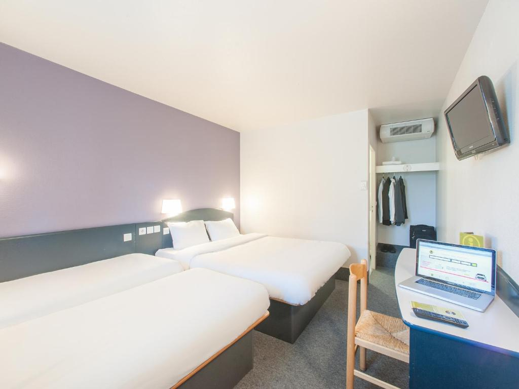 B And B Hotel Saclay