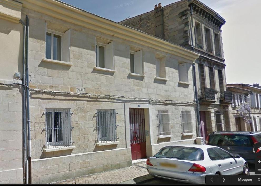 Appartement cocon des chartrons locations de vacances for Appartement bordeaux quai des chartrons location
