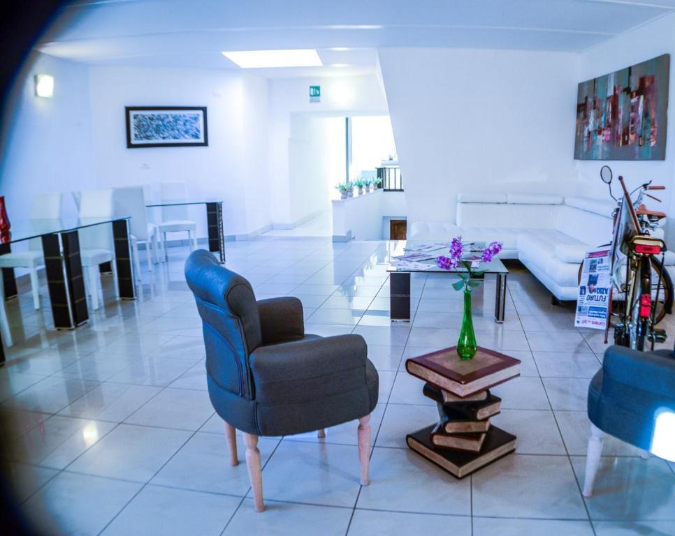 Hotel darival nomentana rome viamichelin informatie en online reserveren for Moderne toiletartikelen
