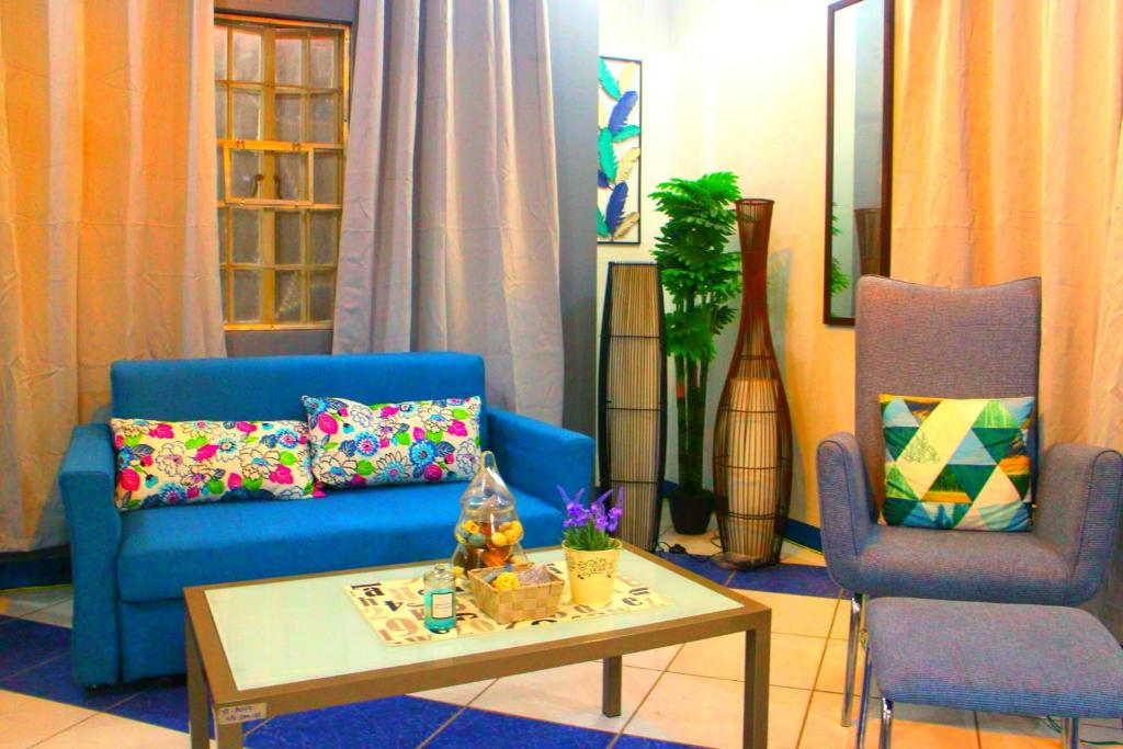 Country Living Hostel - Tagaytay Center