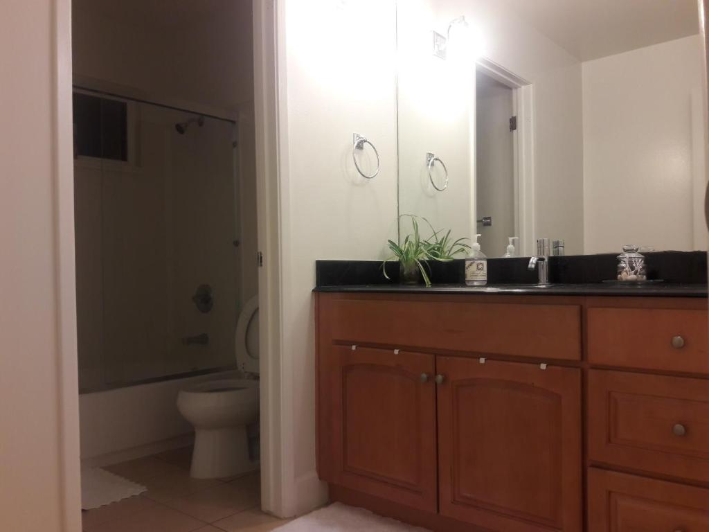 Apartment Private Room with Shared Bathroom Cupertino CA – Bathroom Prices