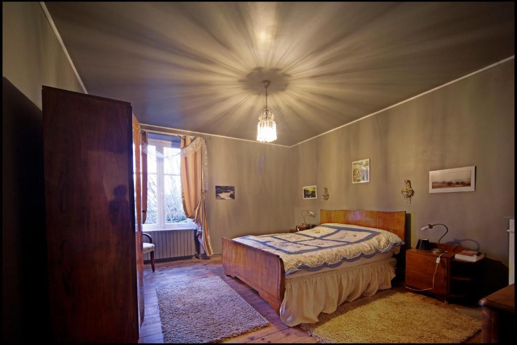 Maison d 39 h te art d co chambres d 39 h tes saint saud lacoussi re - Chambre d hote a saintes ...