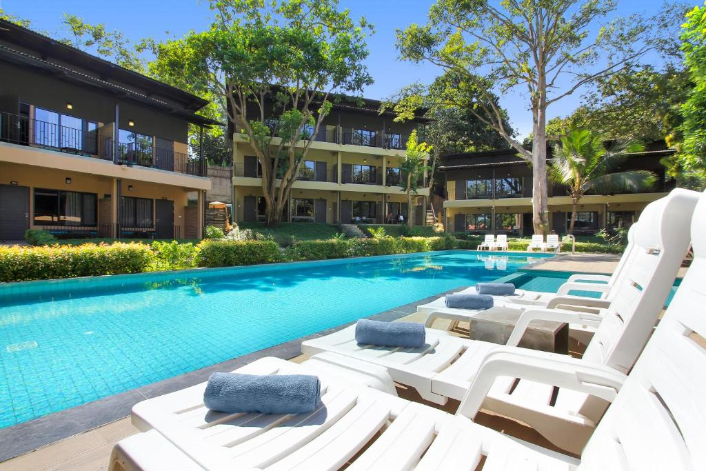 samed hideaway resort rayong book your hotel with viamichelin. Black Bedroom Furniture Sets. Home Design Ideas