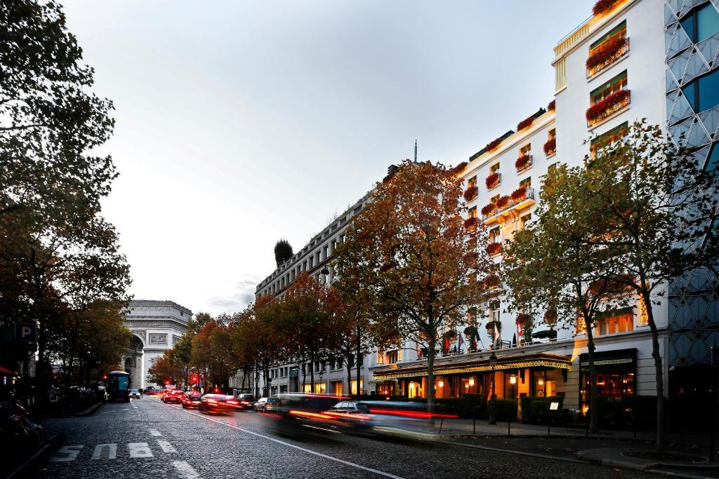 H tel napoleon paris r servation gratuite sur viamichelin for Reservation hotel gratuite paris
