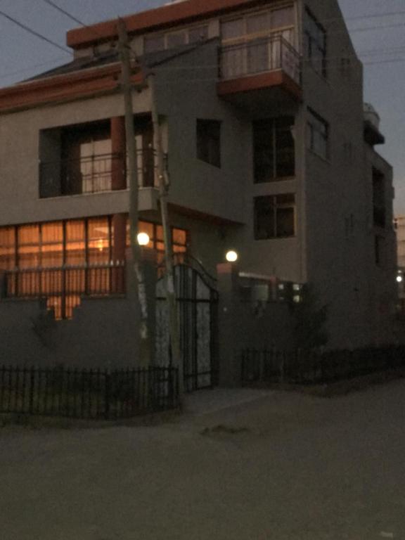 Tiru Guest House