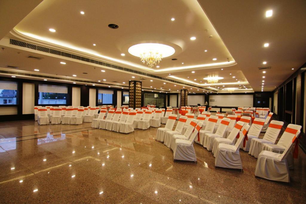 hotel corporate bari brahmana jammu india - photo#6