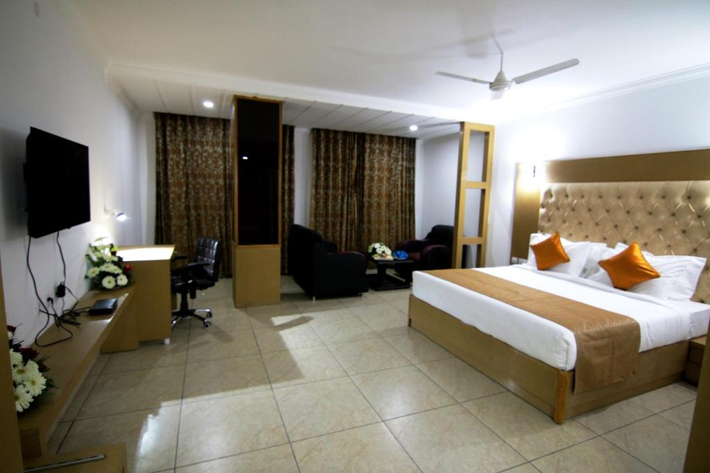 hotel corporate bari brahmana jammu india - photo#25