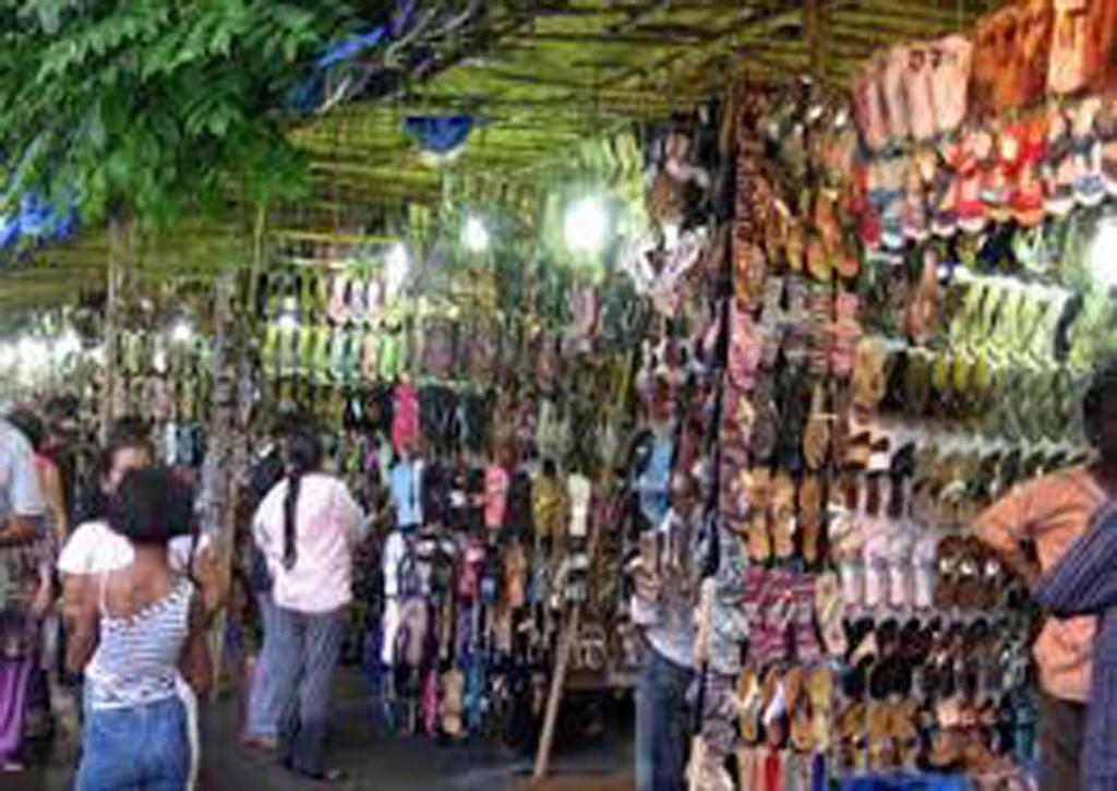 Restaurants In Bandra Linking Road