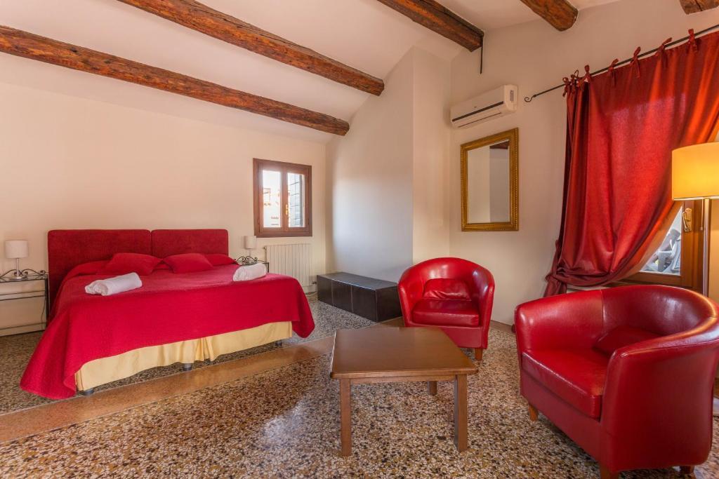 Home Venice Apartments - San Marco (Italia Venecia) - Booking.com