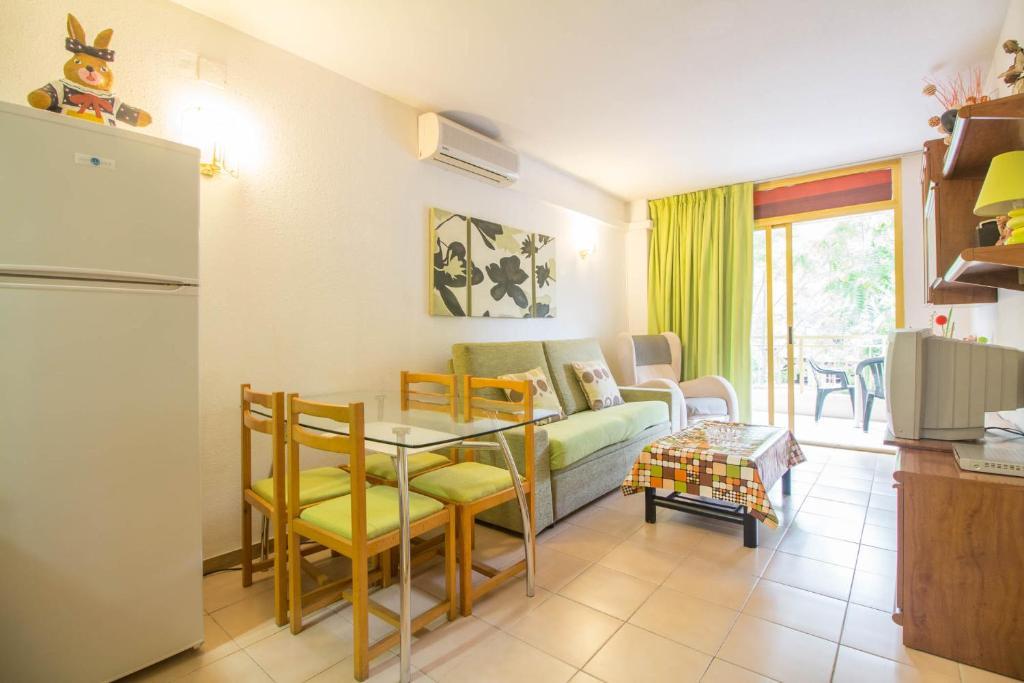 Apartamento catalu a 1055 casas de vacaciones salou - Casas vacaciones cataluna ...